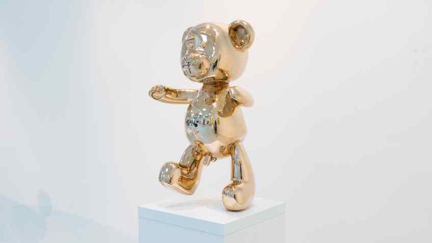 Medium Bare Hug - Bare Hug (polished bronze), 2016 by Joseph Klibansky