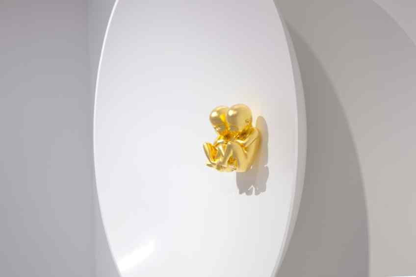 Side view - Parallel Universe, 2014 by Joseph Klibansky