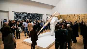 "Short Documentary – Installing ""Leap of Faith"" at Museum de Fundatie"