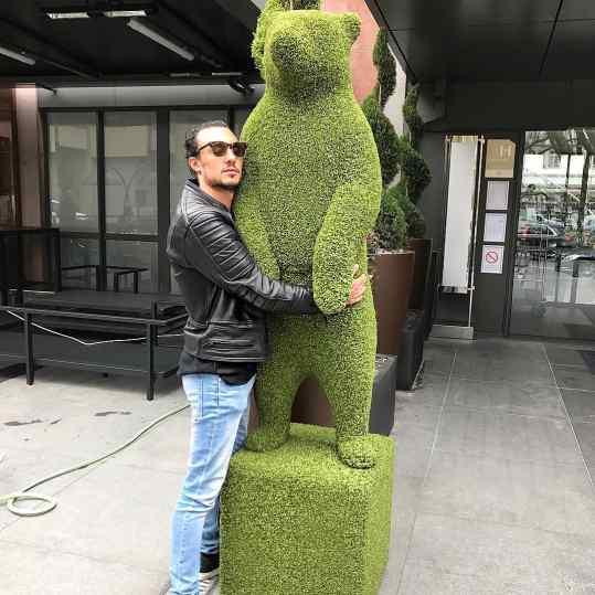 Did you hug your bear today? 🖤🐻 #bearhug #bush #josephklibansky