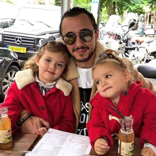 I Love these girls❤️ Best and most beautiful nieces in the world!💋👧🏼👧🏼 #amsterdam #loveyou #klibansky