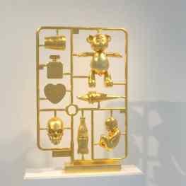 """Elements of Desire"" 24karat gold leafed sculpture in my dutch studio #love #beautiful #chanel #bear #baby #skull #heart #starbucks #cocacola #klibansky #josephklibansky #art #contemporaryart #sculpture #artnews #london #newyork #paris"
