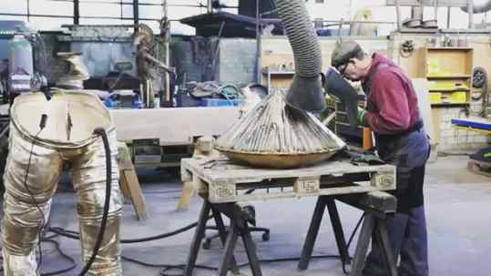 Mega bronze diamond in the making!✨ #josephklibansky #sculpture #contemporaryart