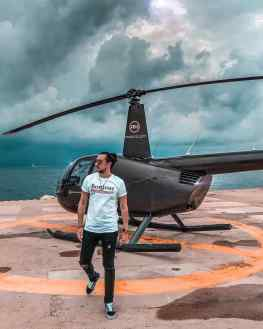 Would you take the chopper through the storm? ⛈ ⚡️ #cannes to #stropez