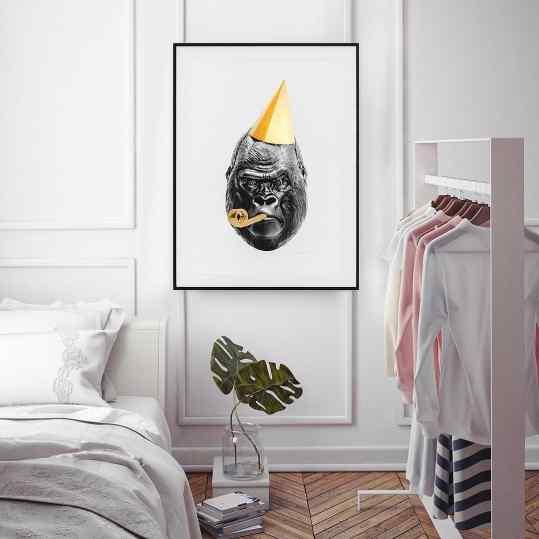 Would you choose for this gorilla 🦍 in your bedroom or for the bear 🐻 ? . #gorilla #bear #contemporaryart #modernart #artcontemporain #josephklibansky
