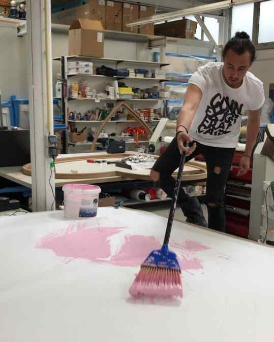 I am experimenting with different brushes and brooms to create texture on my paintings. What would be another cool brush option..? An old T-shirt, a fluffy teddy bear 🐻 . #paintingvideo #newpainting #artist #josephklibansky #artcontemporain