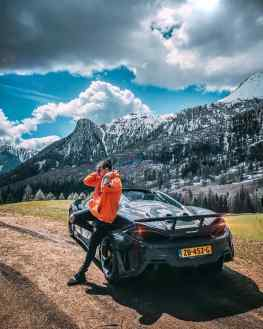 I have been driving my new Mclaren through the Italian mountains the past few days. 🇮🇹⛰ 🇮🇹 This #600ltspider MUST be the most exciting convertible on the market today!What is your current favorite car?...#mclaren600lt #600lt #mclaren600ltspider #mclaren720s #mclarensenna @mclarenauto @louwmanexclusive #supercars #supercars