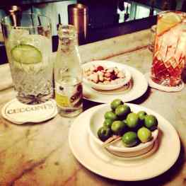 Gt's at Cecconi's London! And then fresh truffle pasta to fire up the artist's brain :)