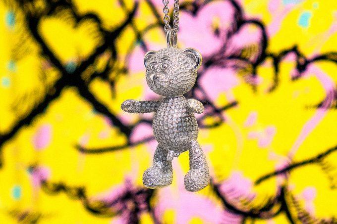 Full Pave Diamond Bare Hug Necklace 1