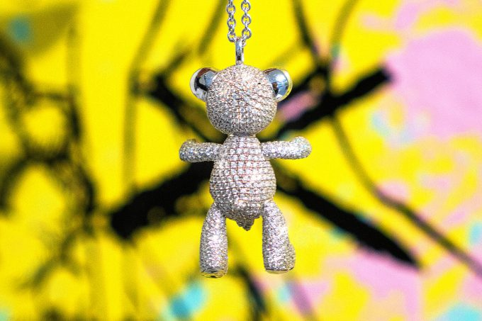 Full Pave Diamond Bare Hug Necklace 3